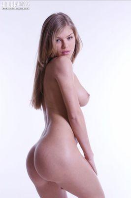 Jonna Alexandra escort Zug